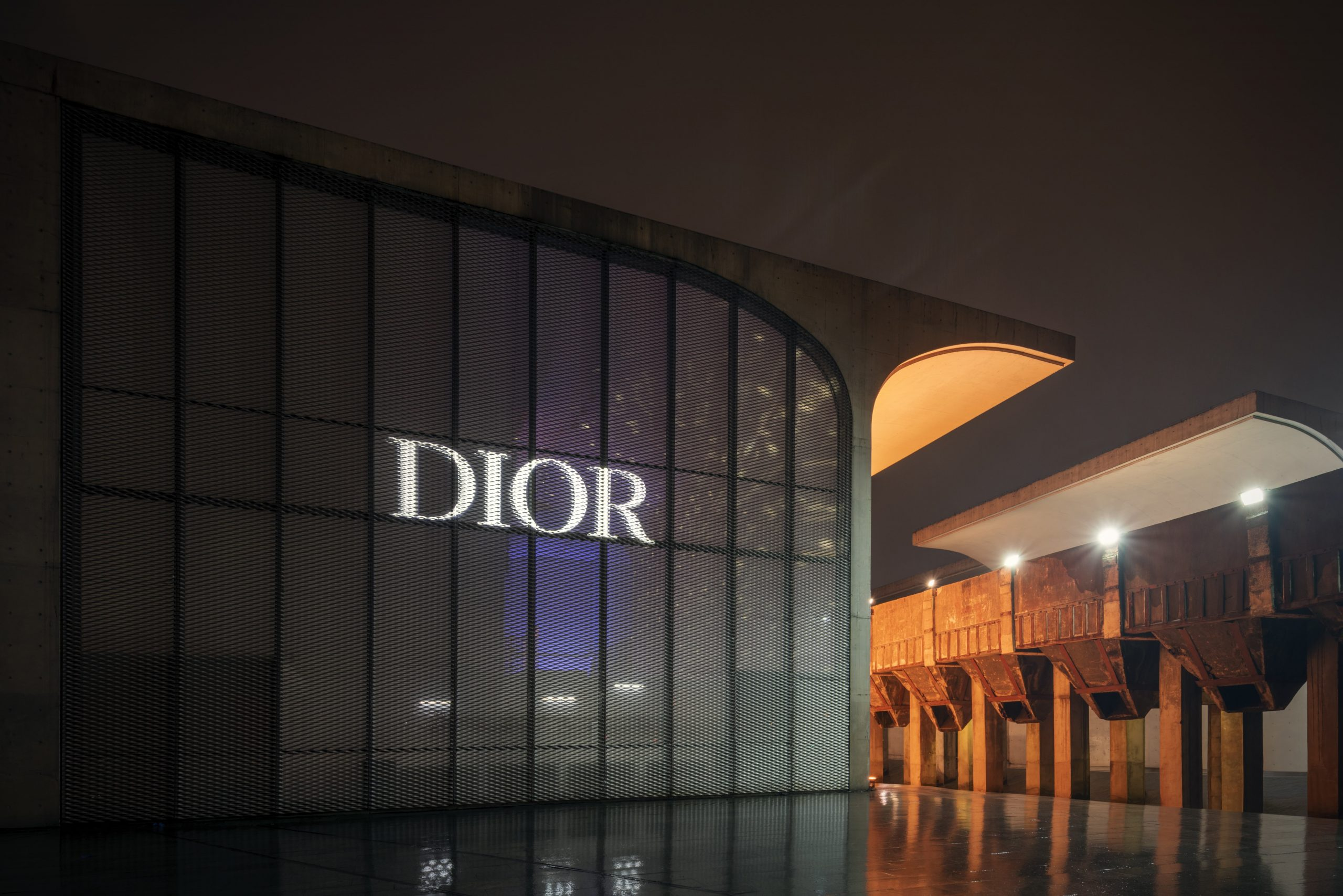 Dior Fall 2021 Fashion Show Shanghai