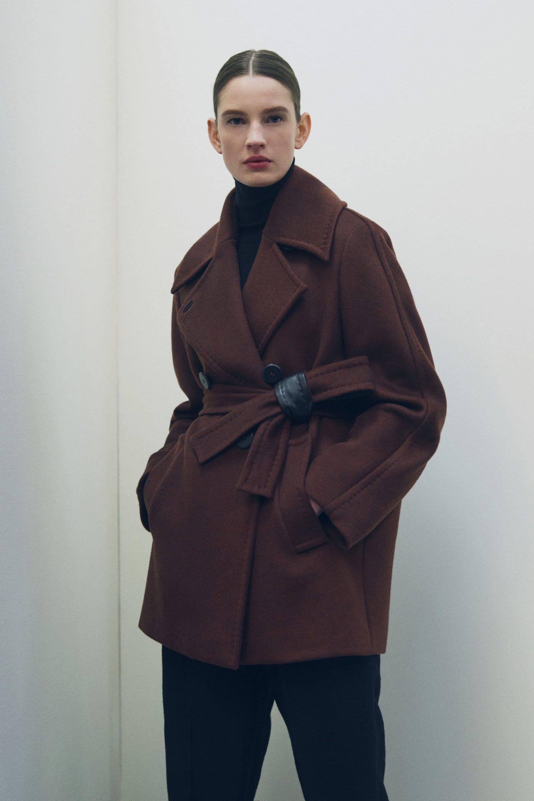 Max Mara Atelier Fall 2021 Fashion Show Photos