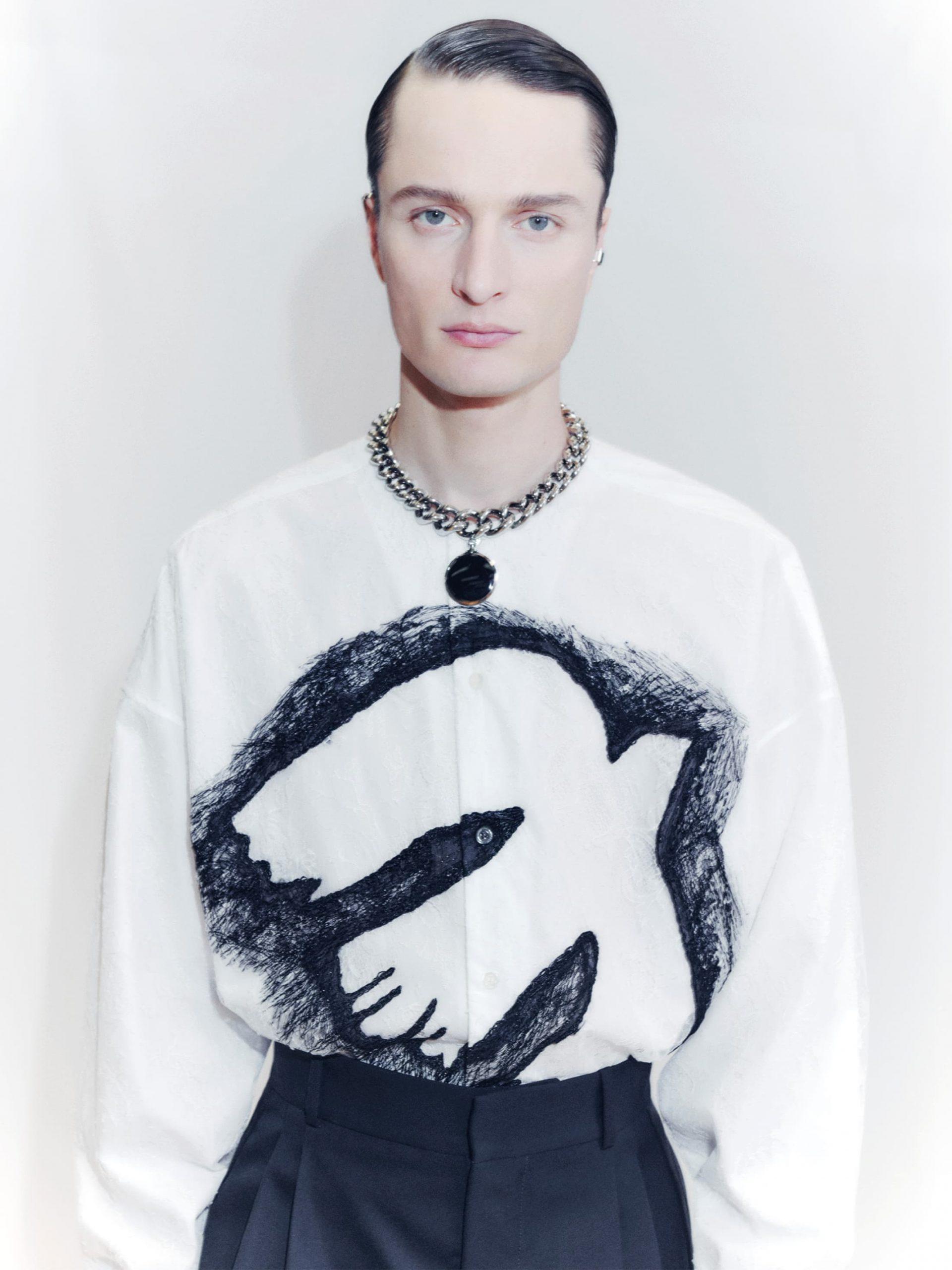 Alexander McQueen Fall 2021 Men's Fashion Show Photos