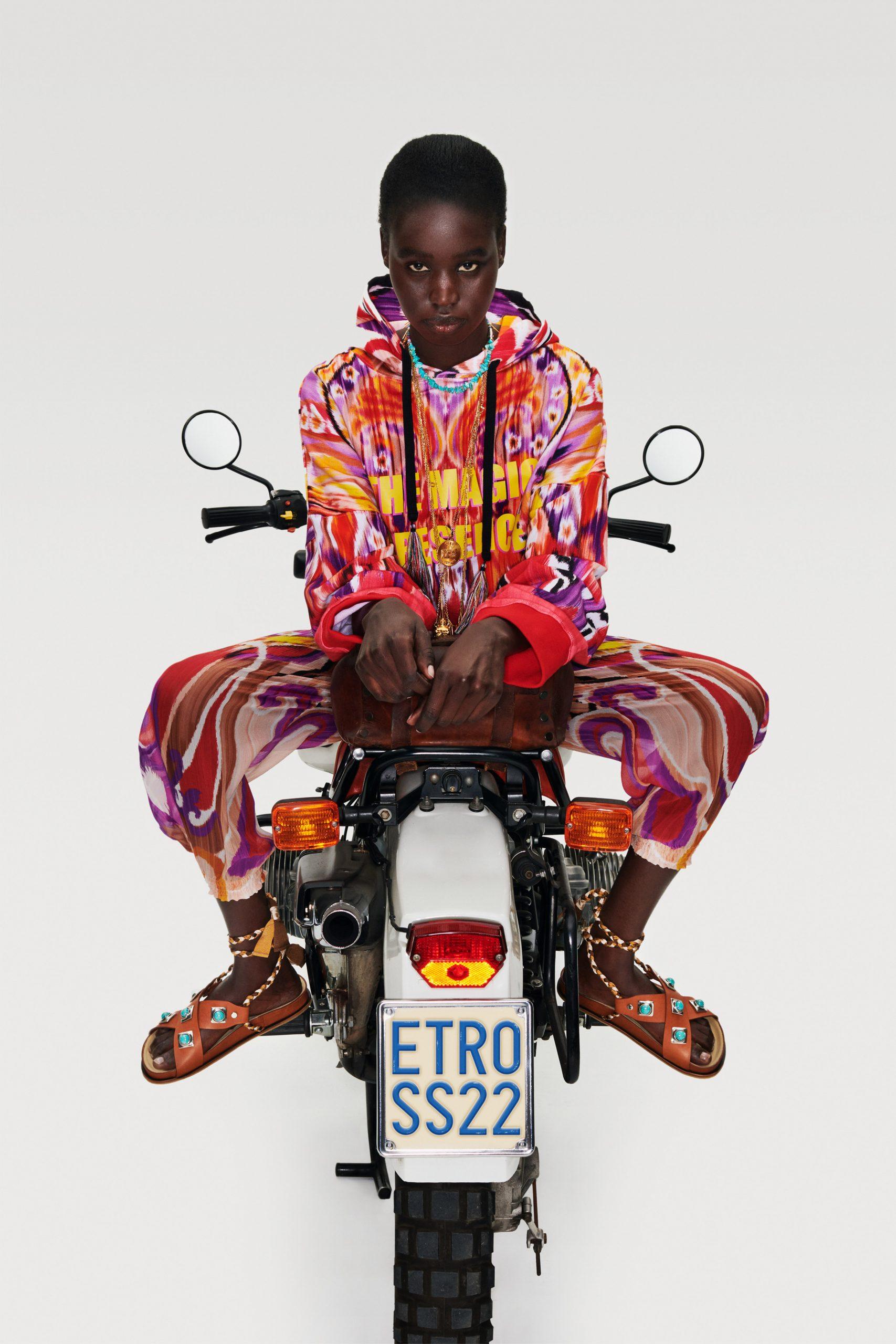 Etro Resort 2022 Fashion Show Photos
