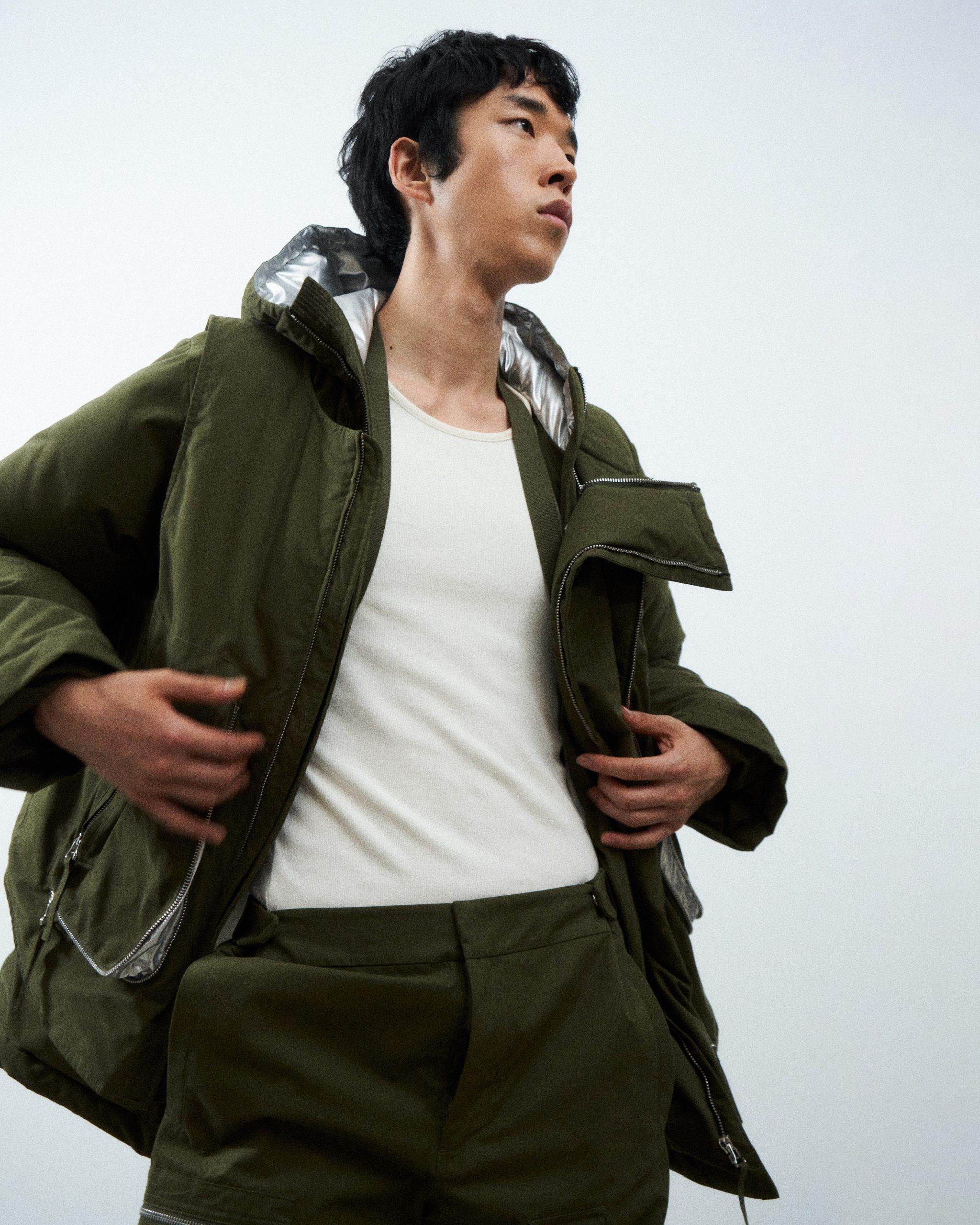 Helmut Lang Resort 2022 Men's Fashion Show Photos