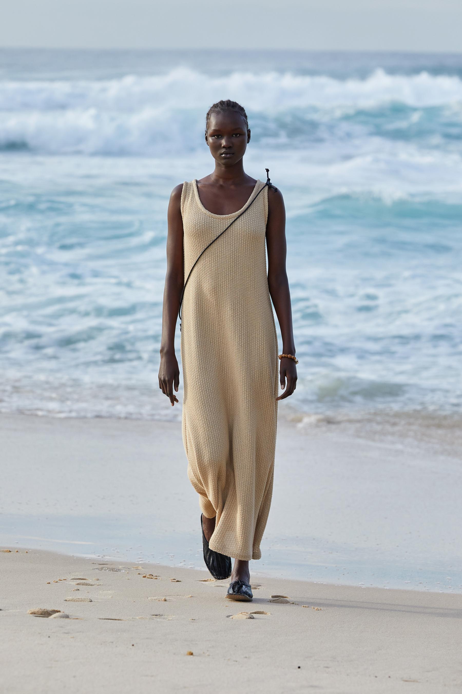 Commas Spring 2022 Fashion Show