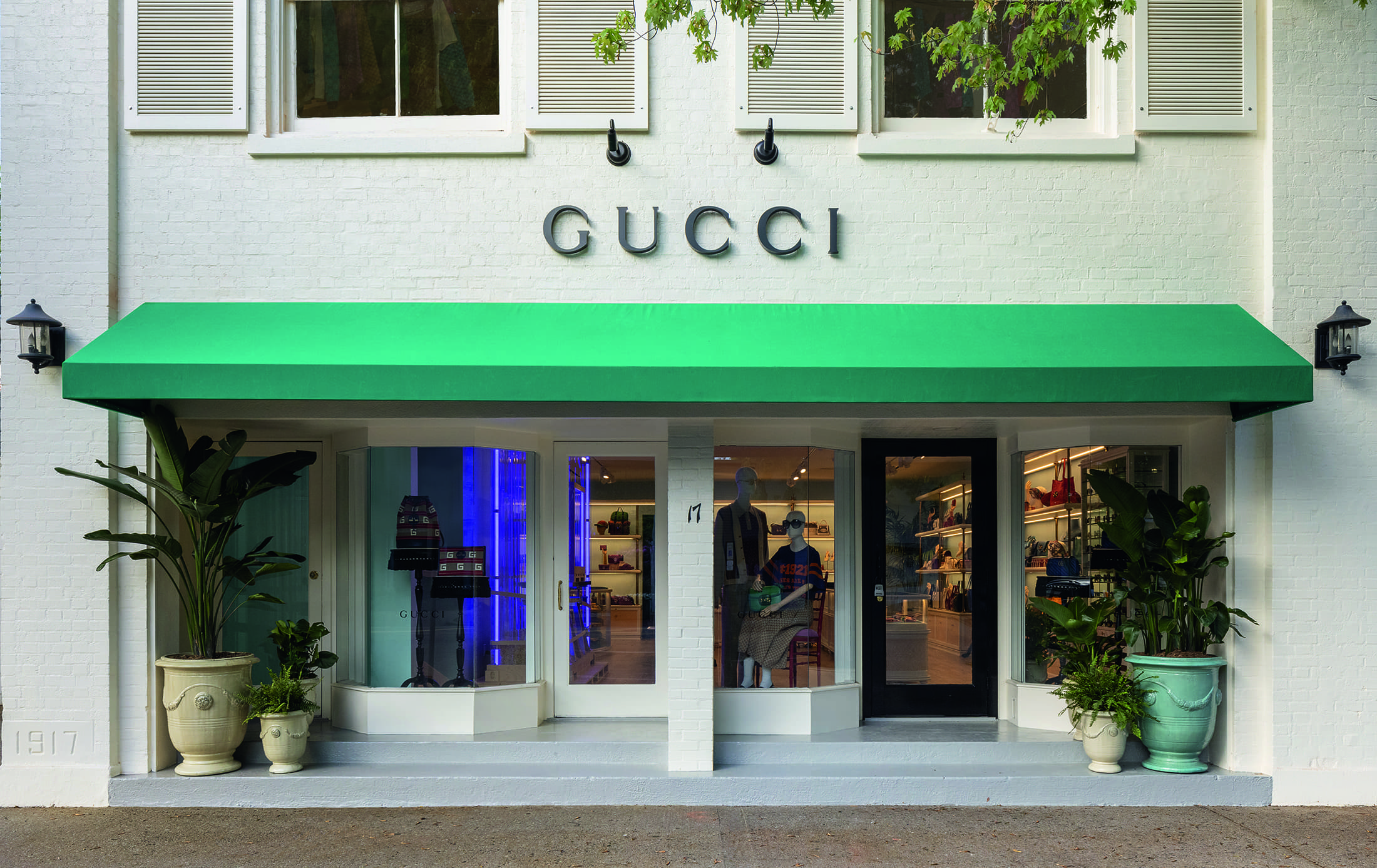 Gucci Opens Boutique in East Hampton NY