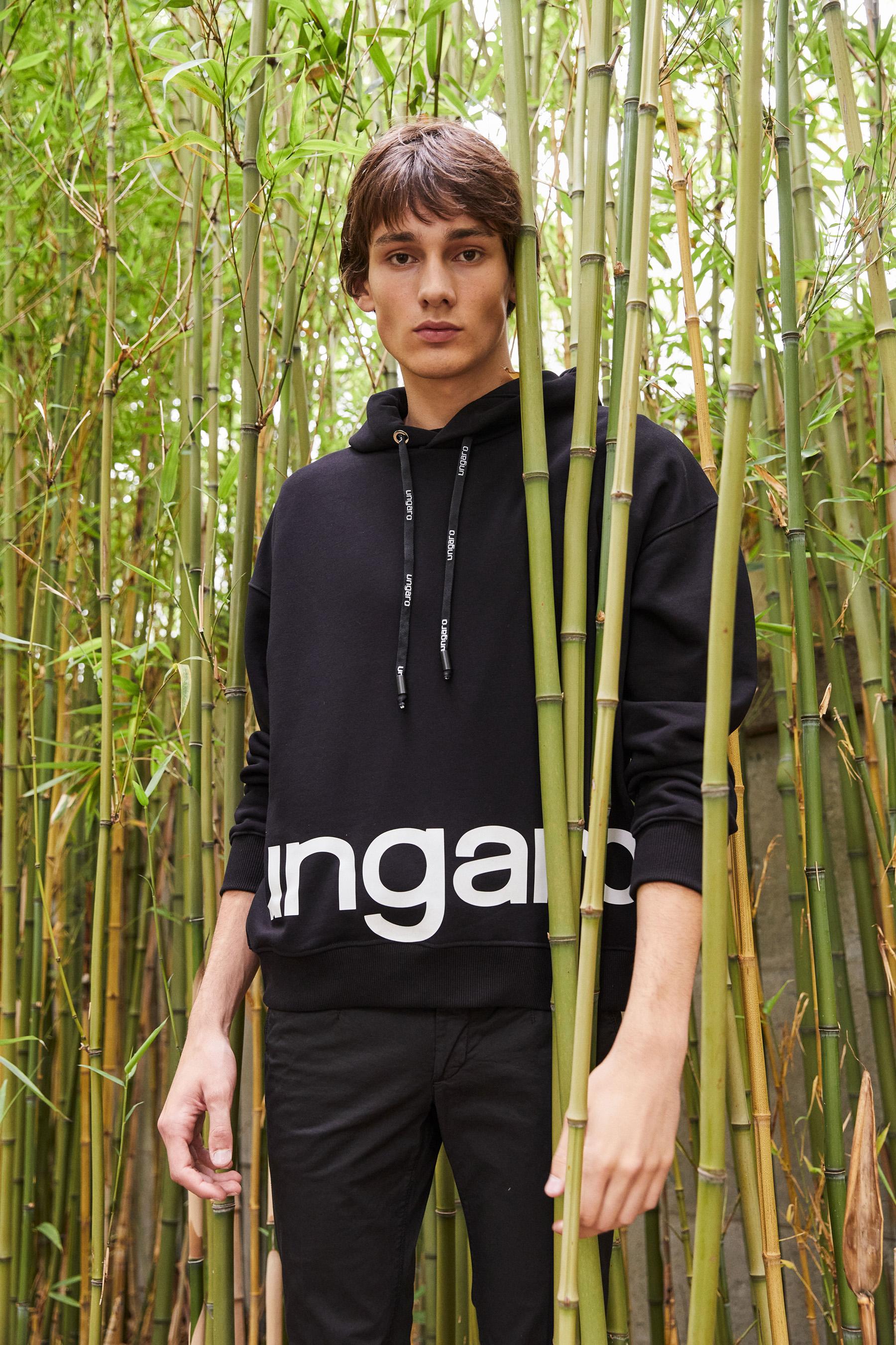 Emanuel Ungaro Spring 2022 Men's  Fashion Show