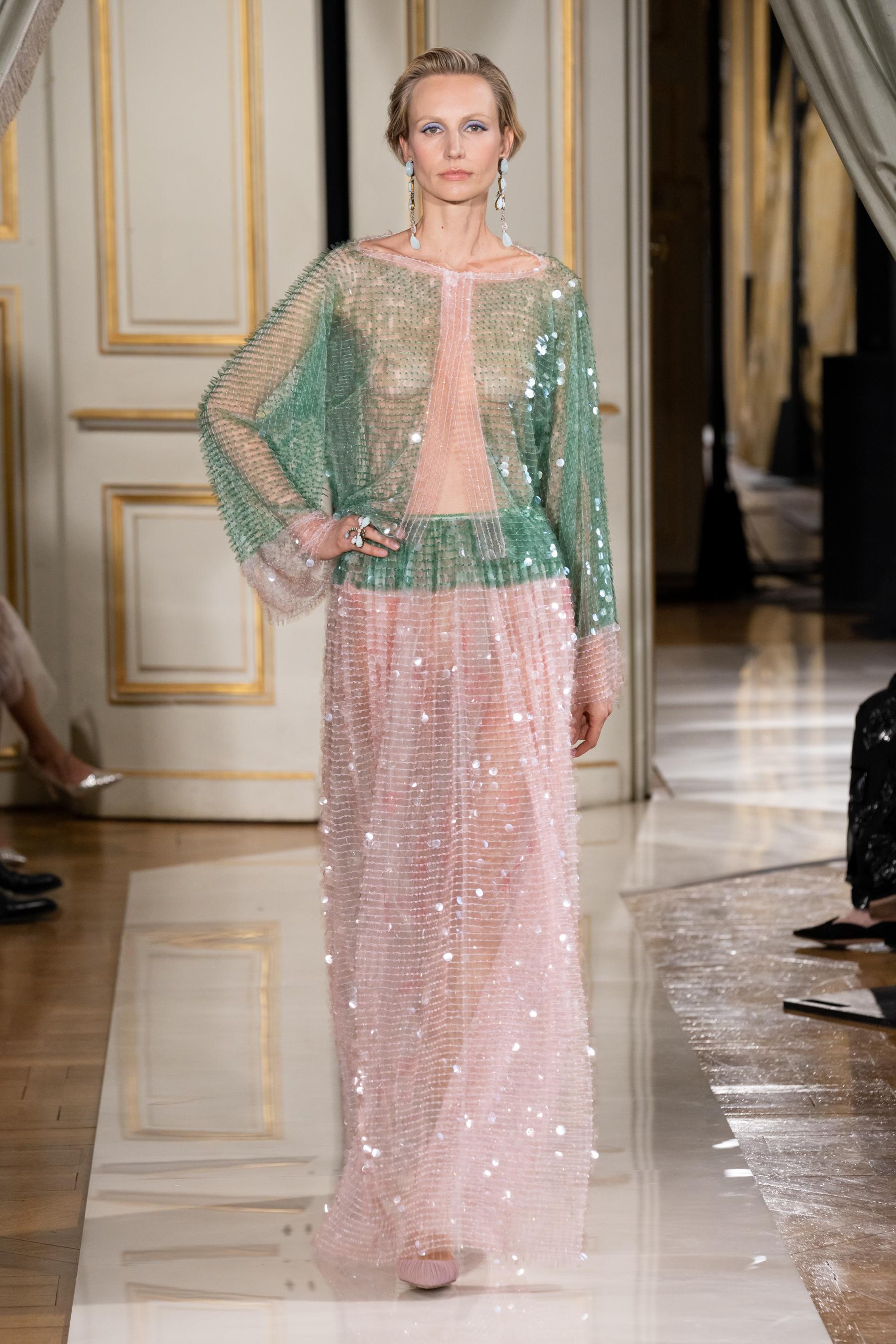Giorgio Armani Prive Fall 2021 Couture  Fashion Show