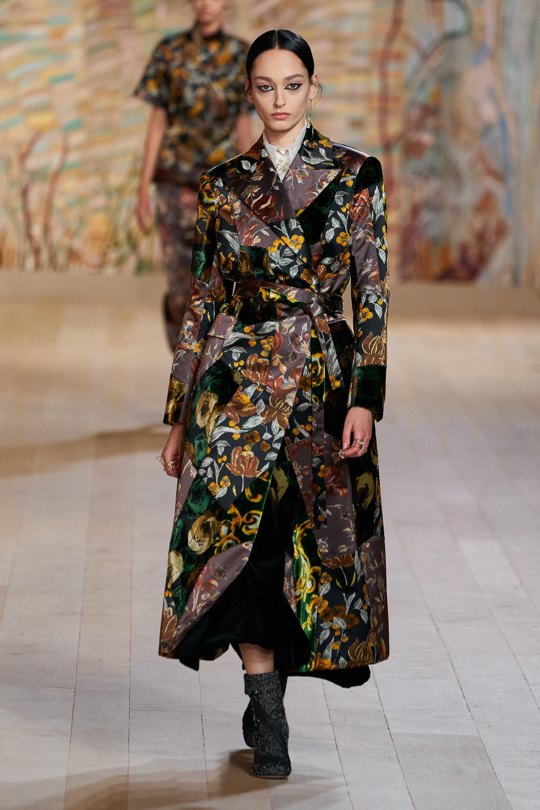 Christian Dior Fall 2021 Couture  Fashion Show