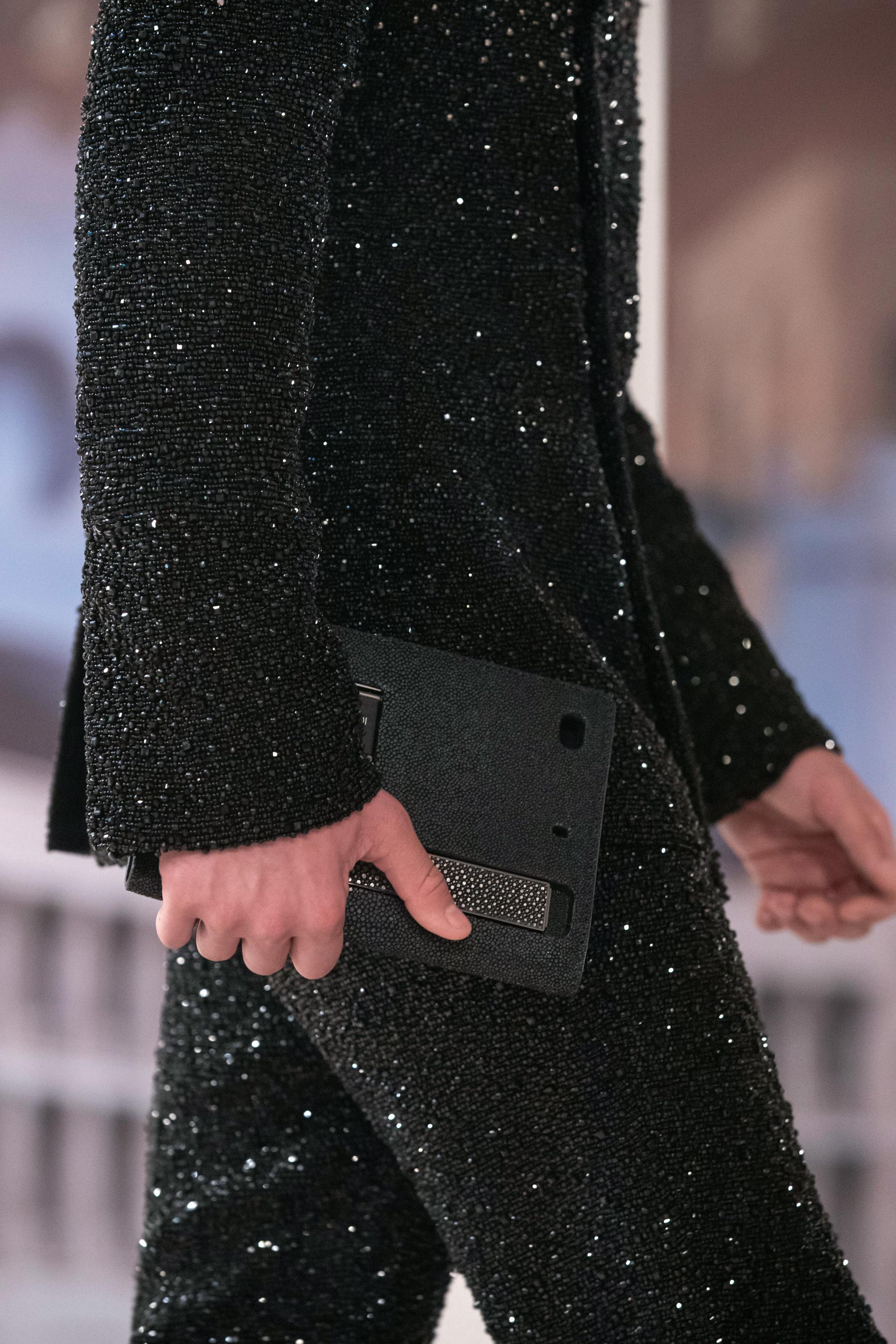 Fendi Fall 2021 Couture Details Fashion Show