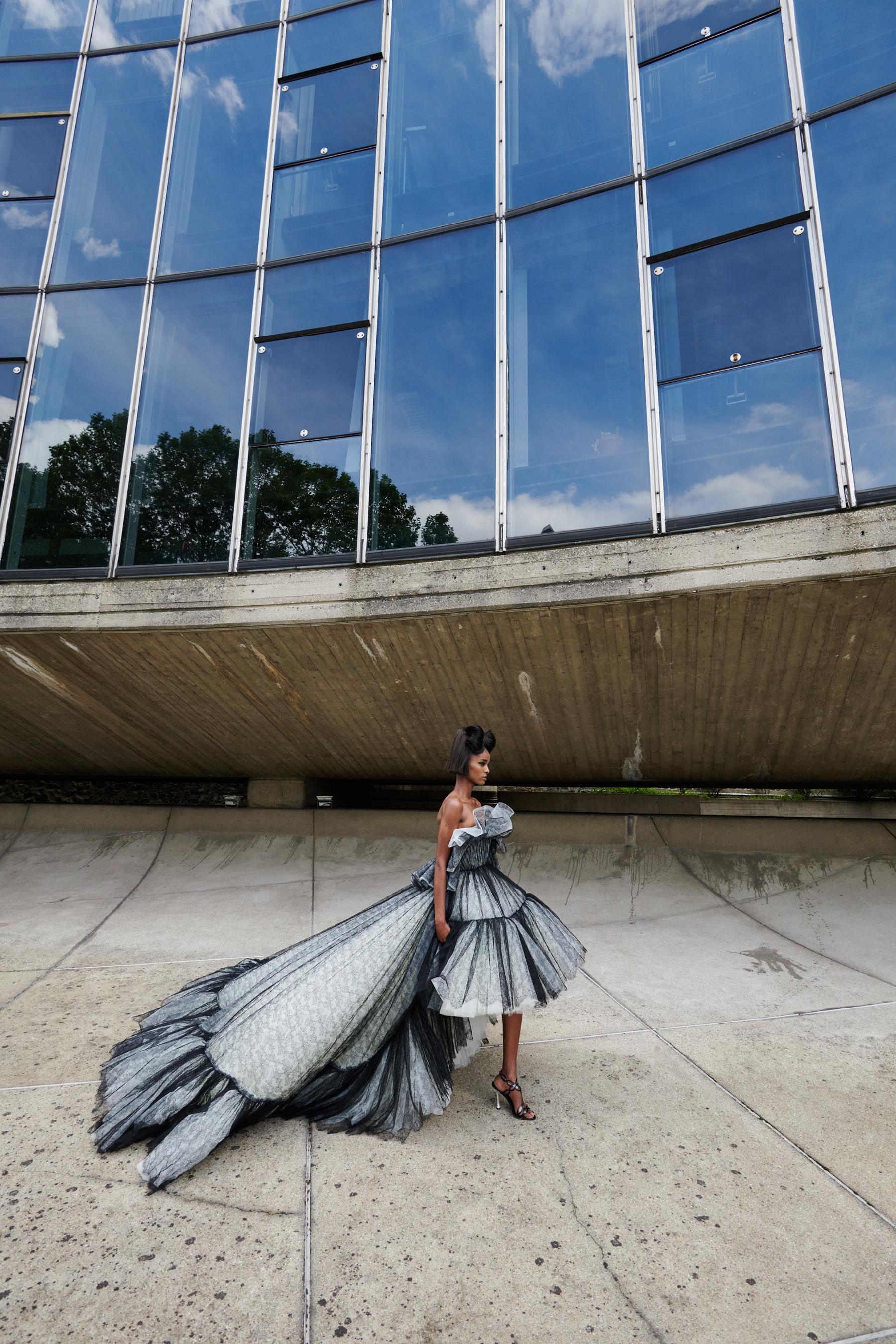 Giambattista Valli Fall 2021 Couture Backstage Fashion Show