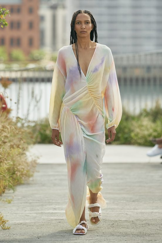 Brogger Spring 2022  Fashion Show