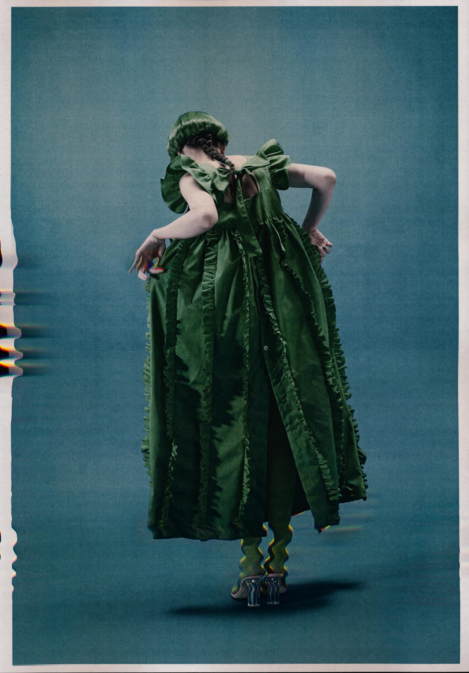 Naokitomizuka Spring 2022  Fashion Show