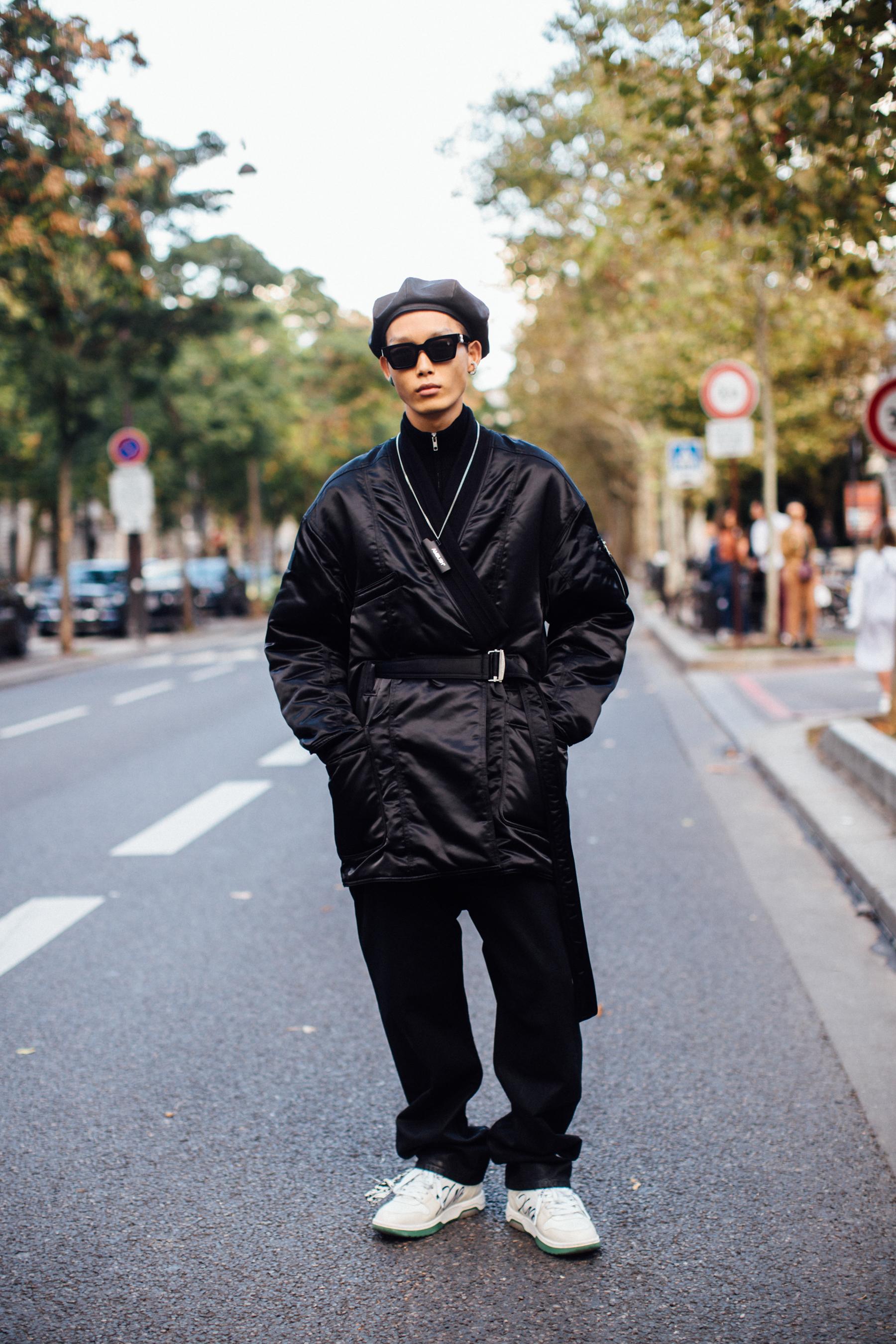 Paris Street Style Spring 2022 Day 1