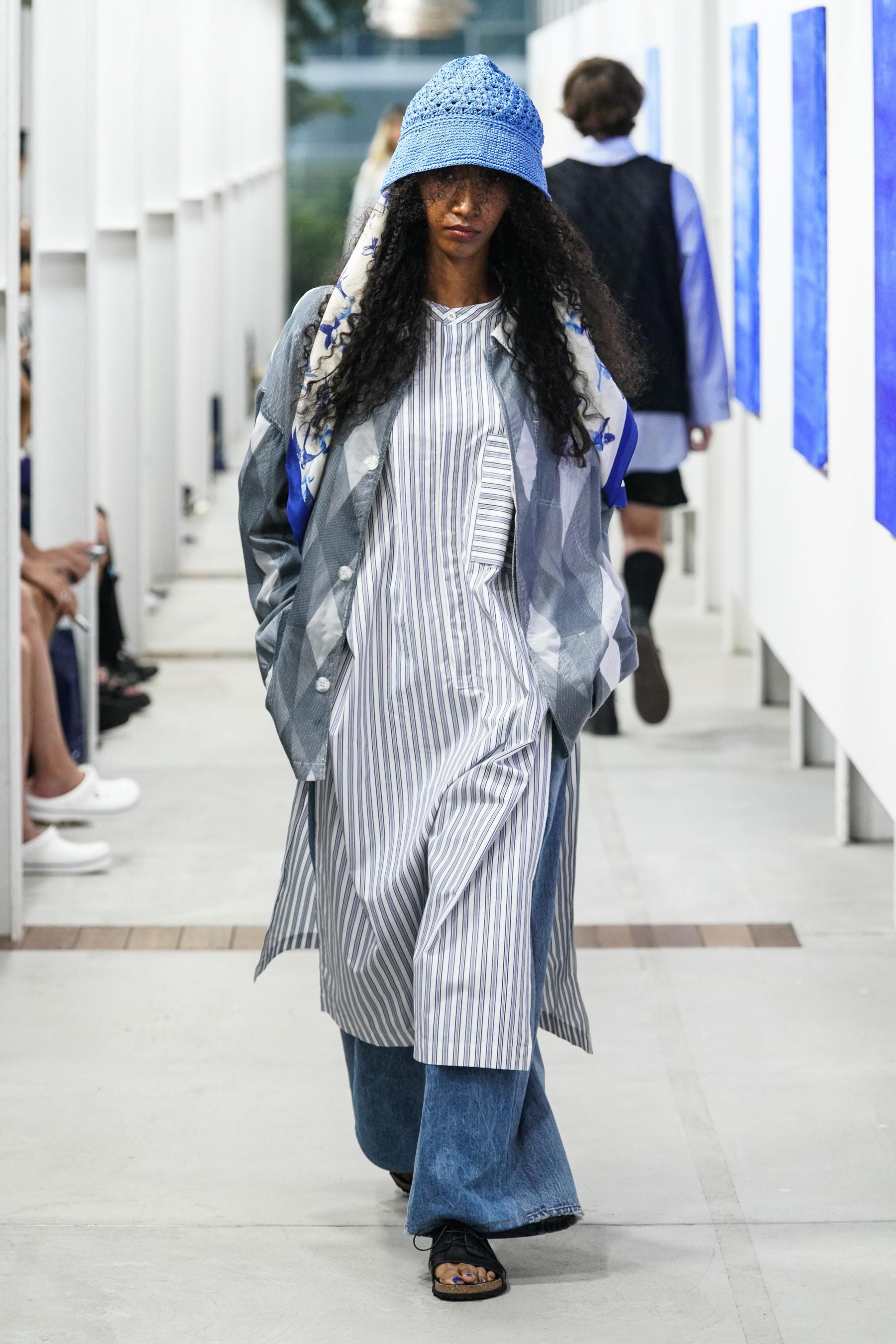 Shinyakozuka Spring 2022  Fashion Show