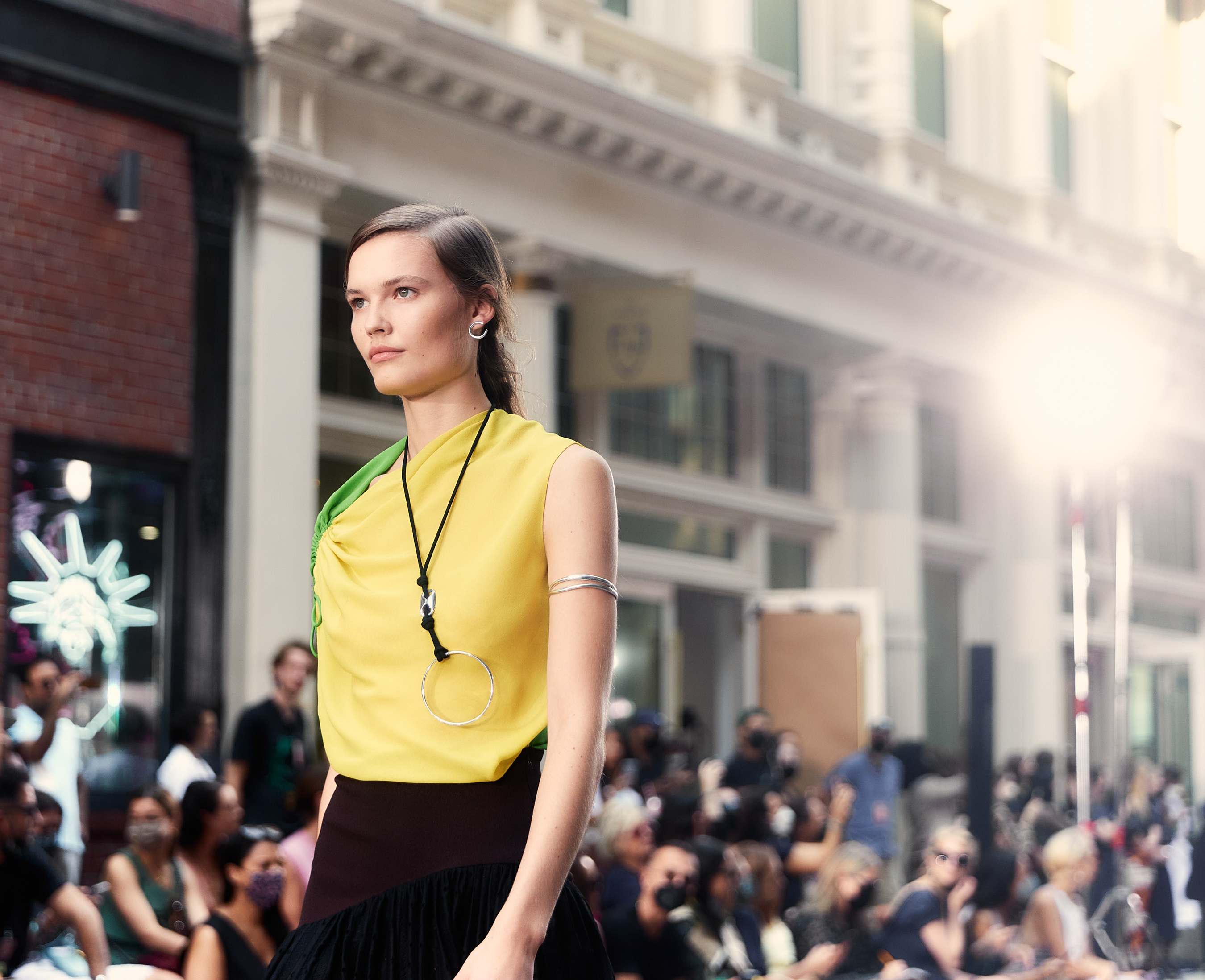Tory Burch Spring 2022 Atmosphere Fashion Show