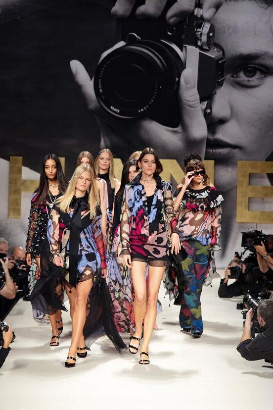 Chanel Spring 2022 Fashion Show