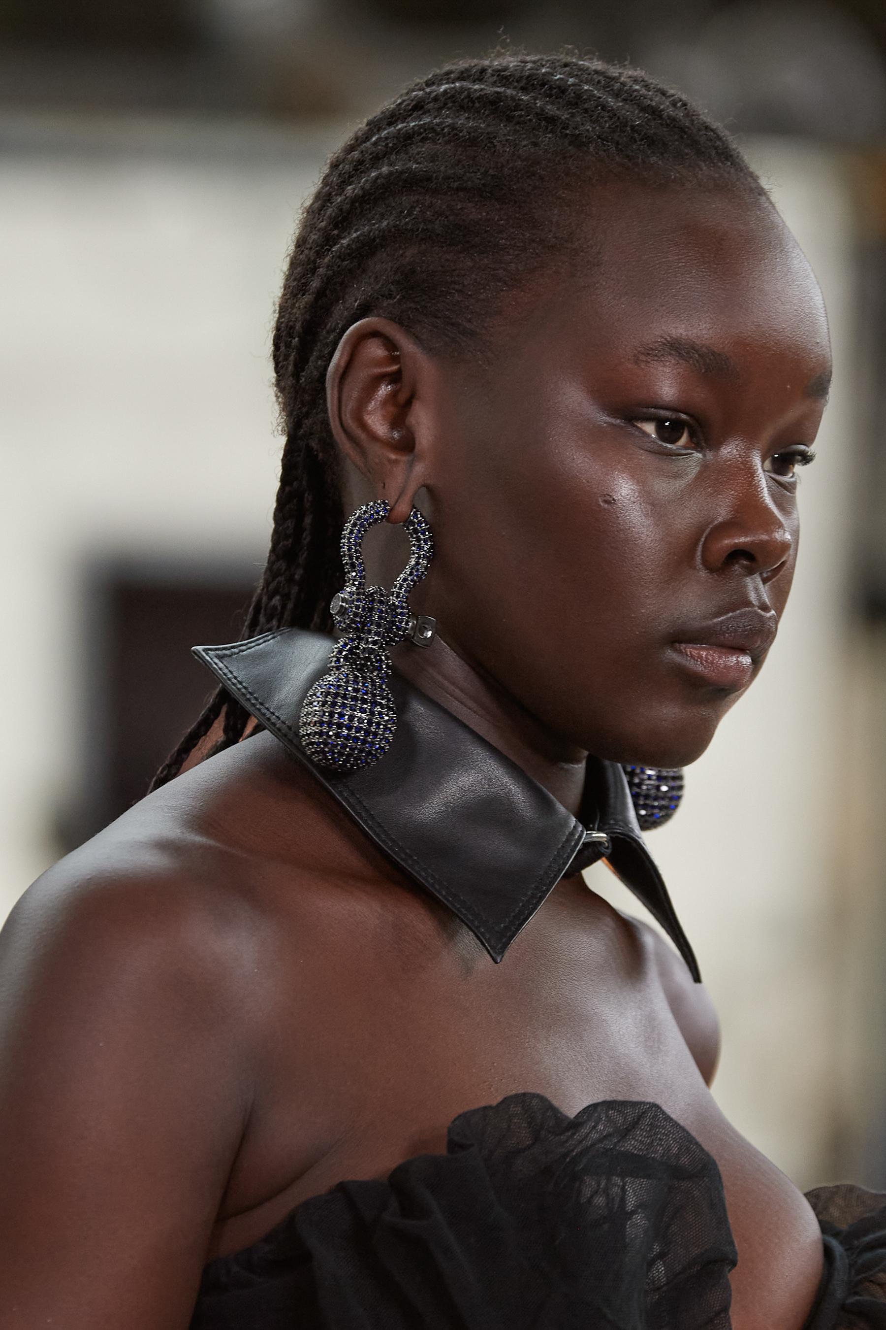 Andreas Kronthaler For Vivienne Westwood Spring 2022 Details Fashion Show