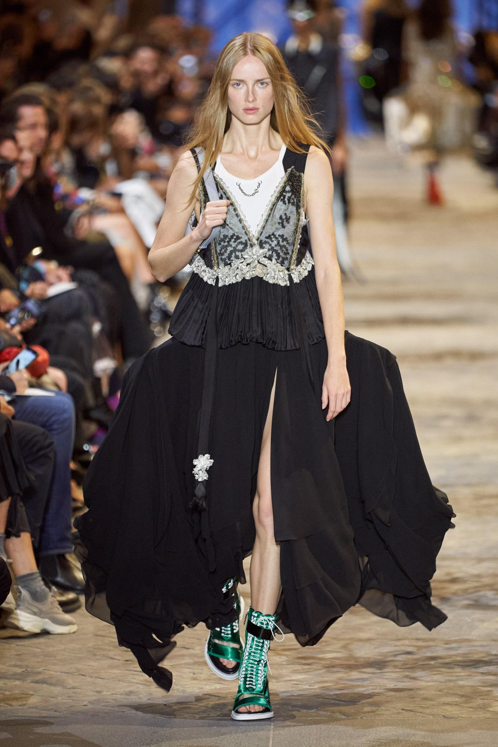 Louis Vuitton Spring 2022 Fashion Show