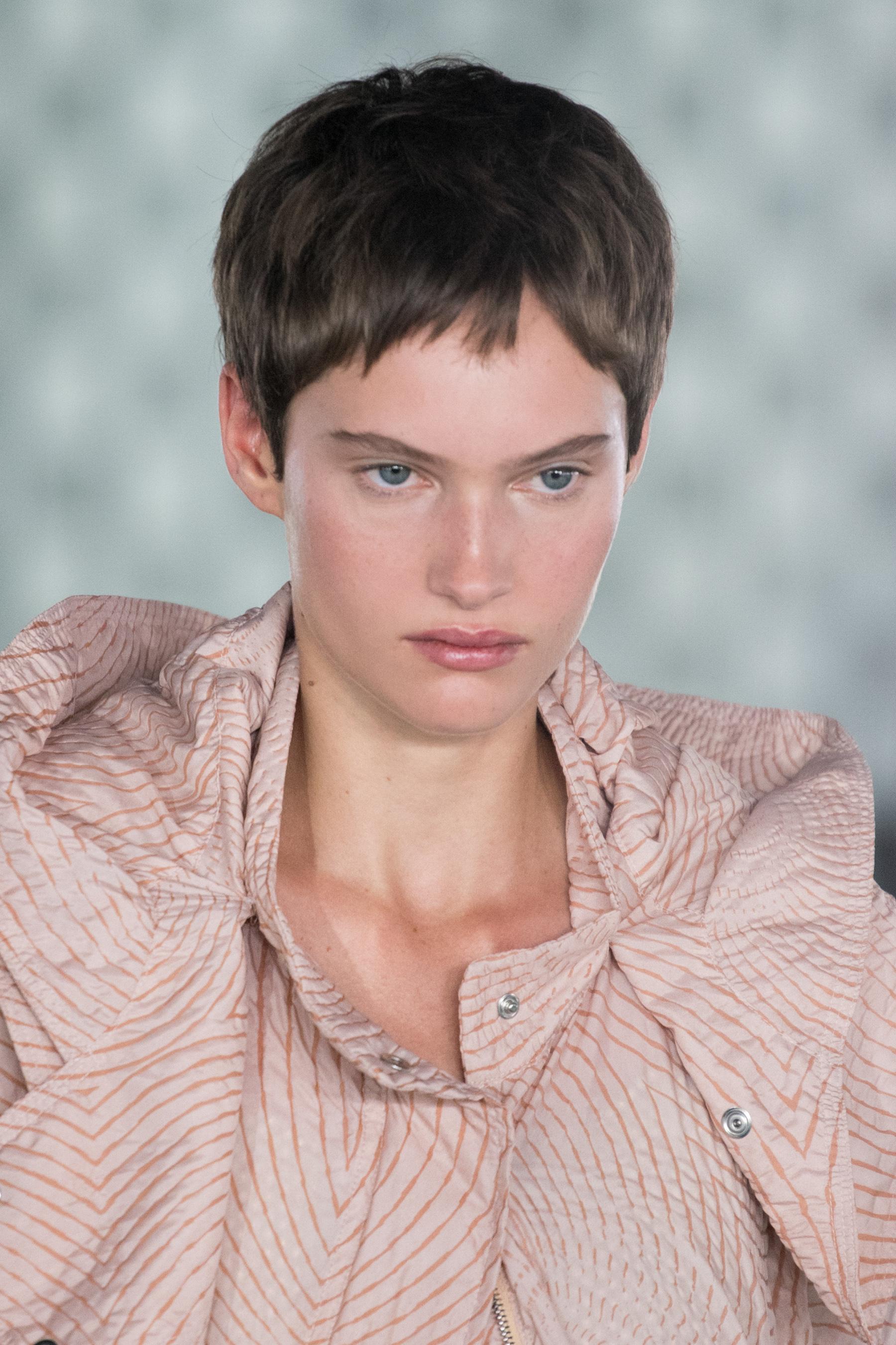 Stella Mccartney Spring 2022 Details Fashion Show