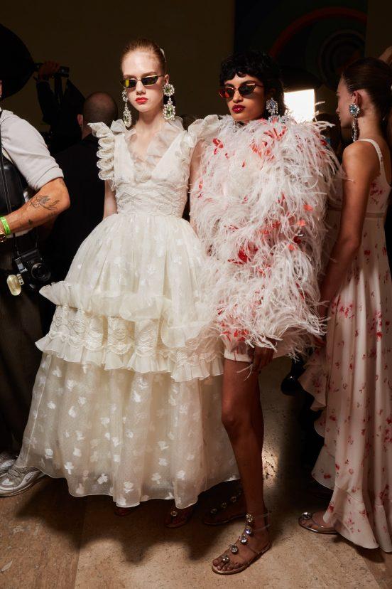 Giambattista Valli Spring 2022 Fashion Show