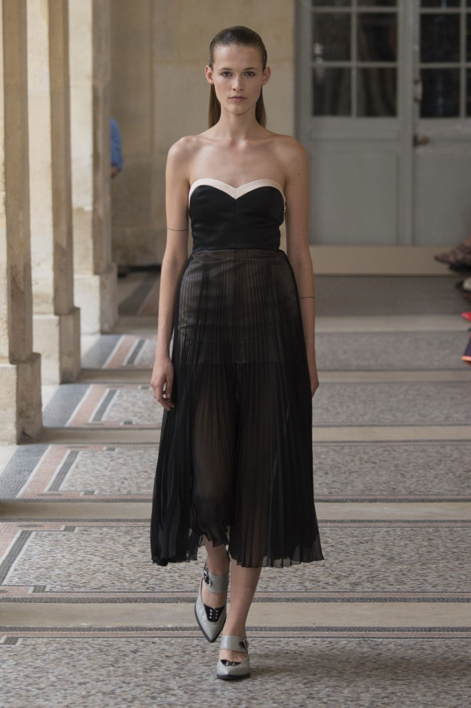 BOUCHRA-JARRAR-fall-2015-couture-show-the-impression-002