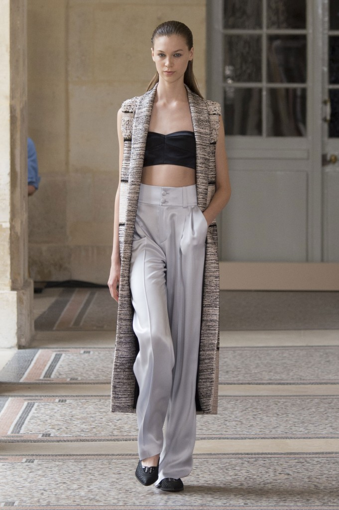 BOUCHRA-JARRAR-fall-2015-couture-show-the-impression-013