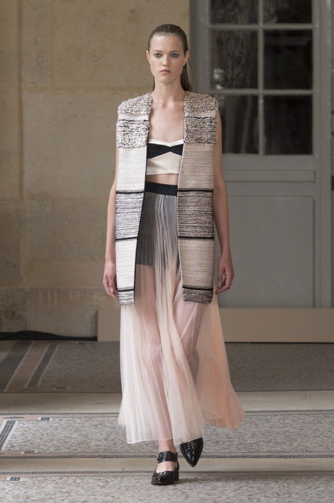 BOUCHRA-JARRAR-fall-2015-couture-show-the-impression-017