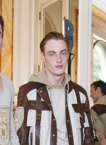 Balmain mens show spring 2016 backstage photo