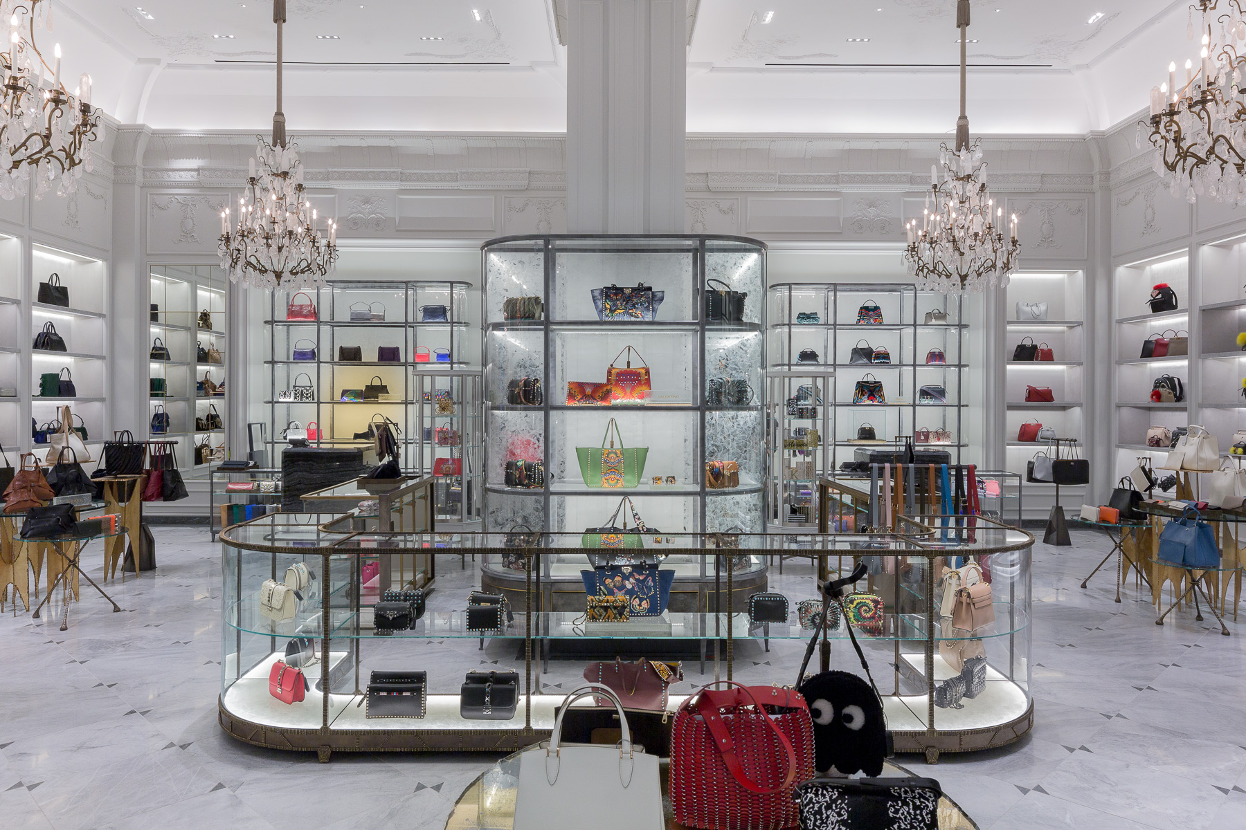 Bergdorf goodman store scout the impression - Bergdorf goodman shoe salon ...