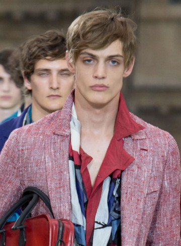Berluti mens show spring 2016 photo