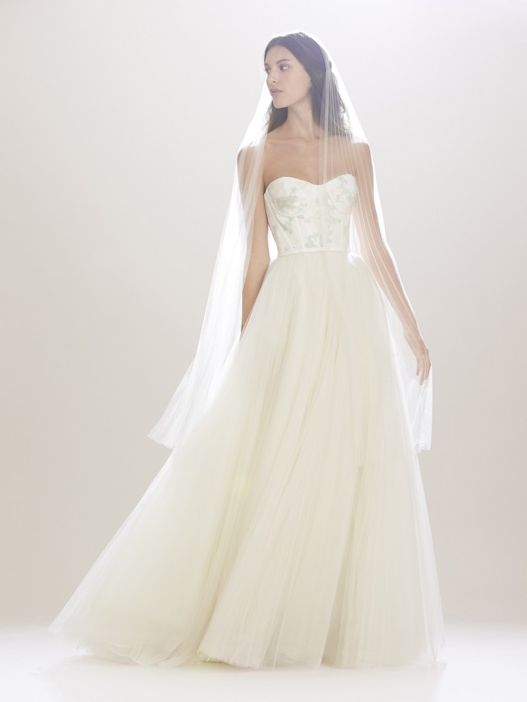 Carolina-Herrera-fall-2016-bridal-fashion-show-the-impression-04