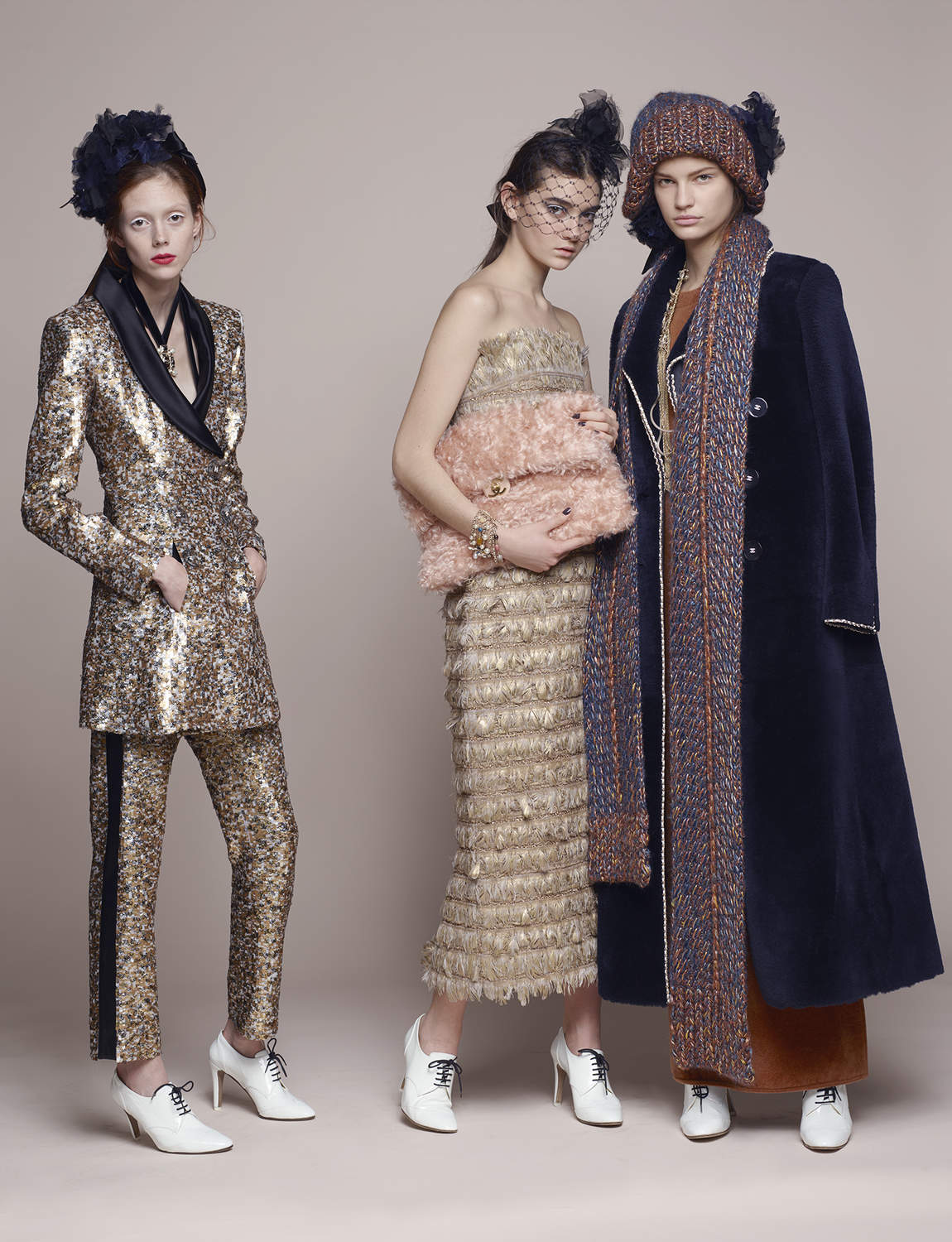 chanel-metiers-dart-pre-fall-2017-campaign-the-impression-06