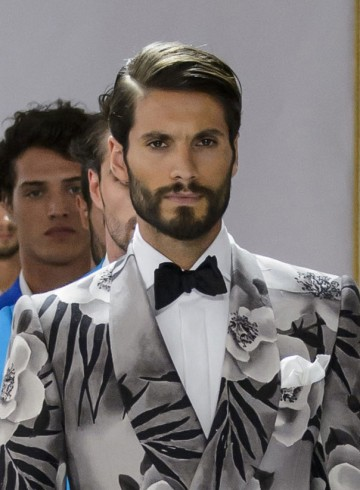 Cifonelli mens fashion show spring 2016 photo