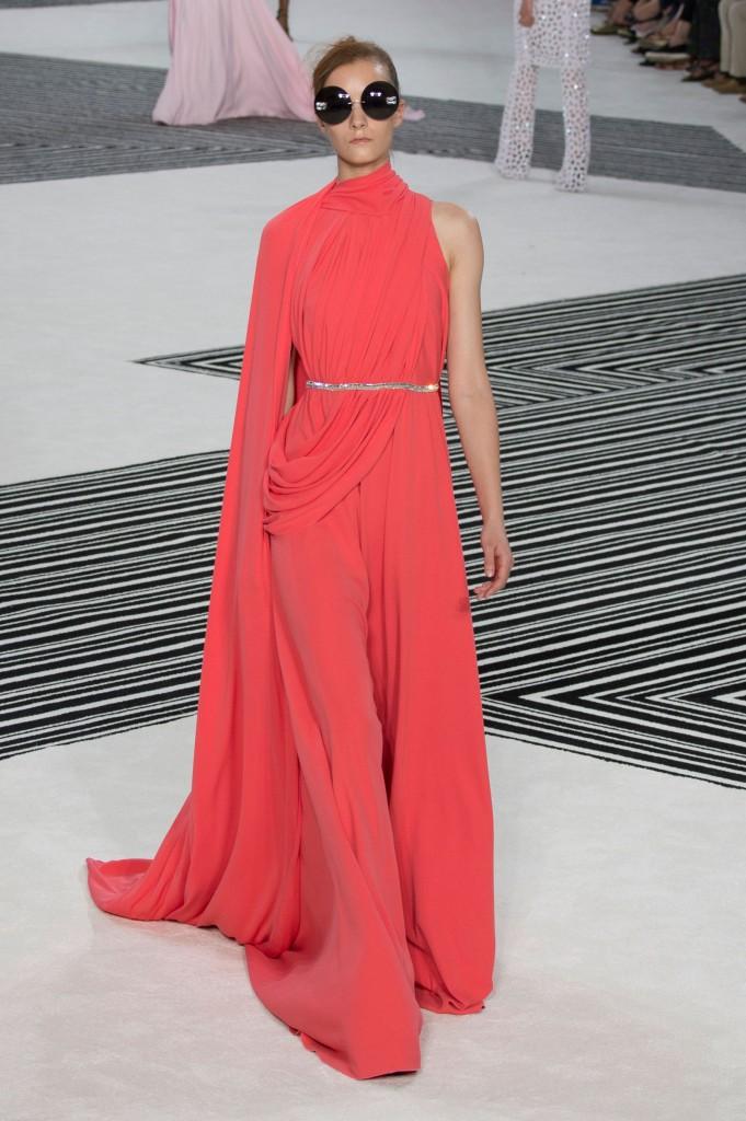 GIAMBATTISTA-VALLI-fall-2015-couture-the-impression-028