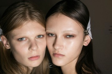 Givenchy Backstage Beauty Spring 2016 fashion show photo