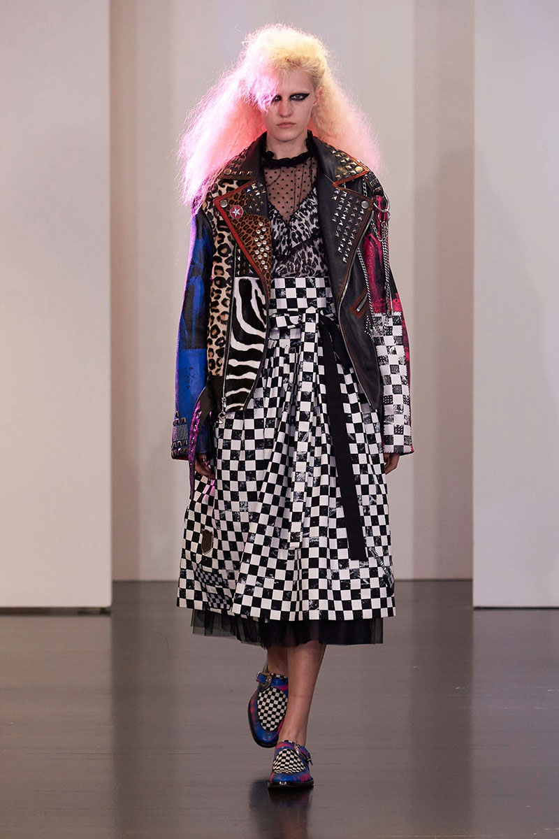 Marc-Jacobs-resort-2017-fashion-show-the-impression-01