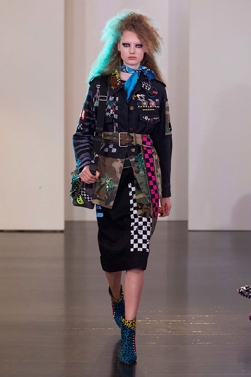 Marc-Jacobs-resort-2017-fashion-show-the-impression-13