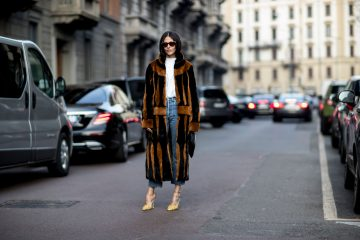Milan Fashion Week Fall 2017 Street Style Day 1
