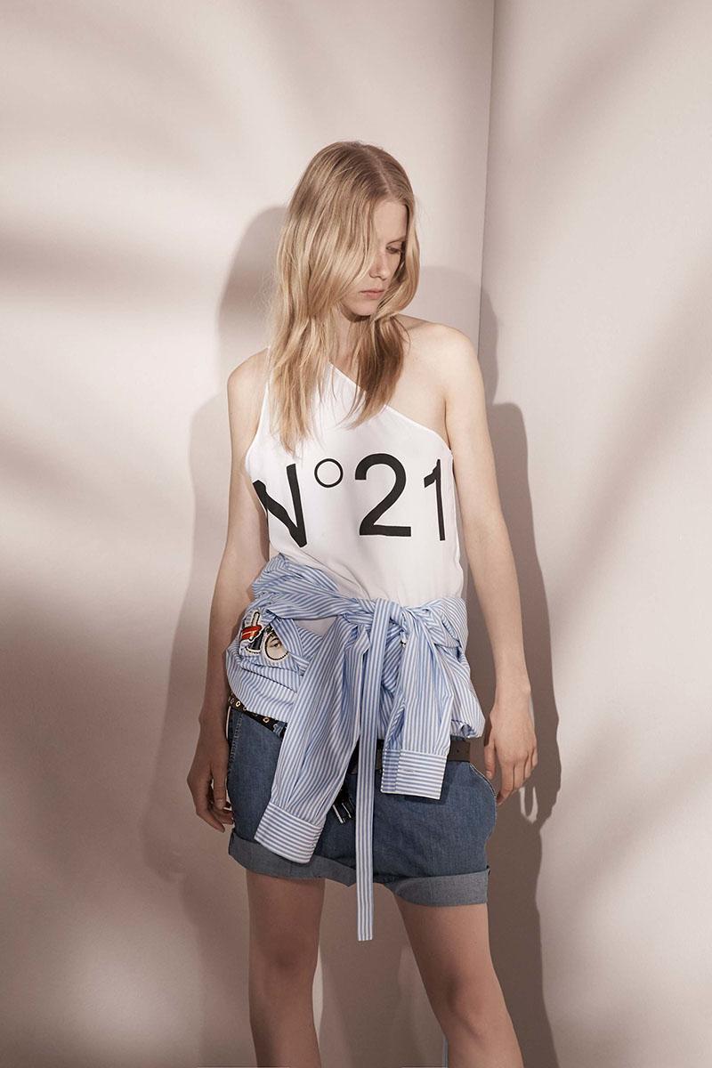 No-21-resort-2017-fashion-show-the-impression-11