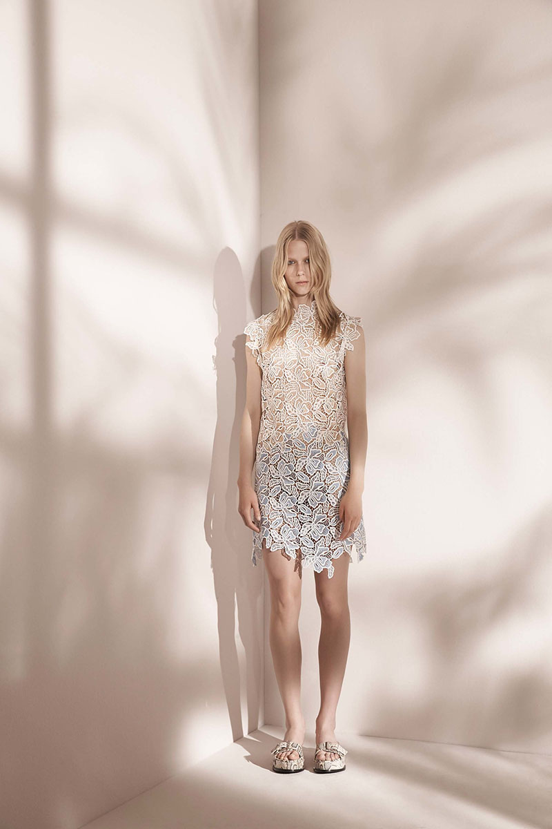 No-21-resort-2017-fashion-show-the-impression-40