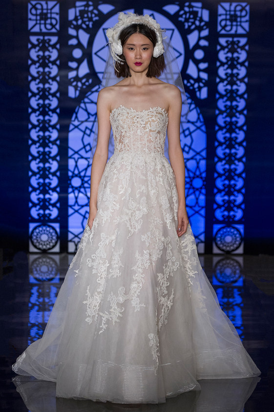 Reem-Acra-fall-2016-bridal-fashion-show-the-impression-04