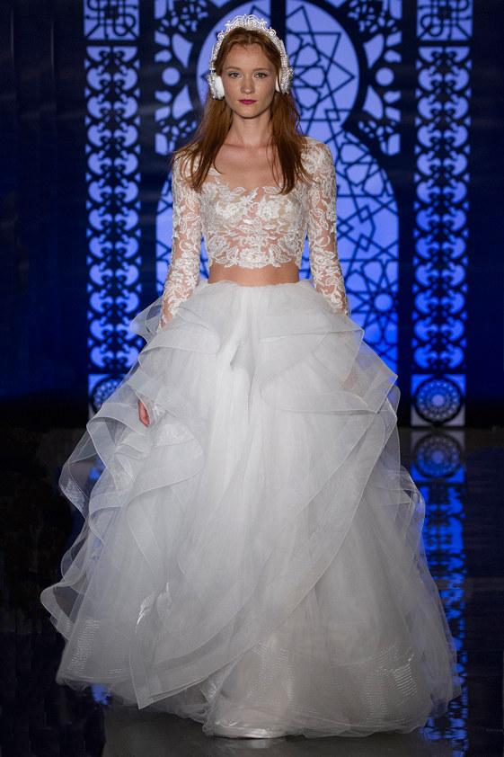 Reem-Acra-fall-2016-bridal-fashion-show-the-impression-07