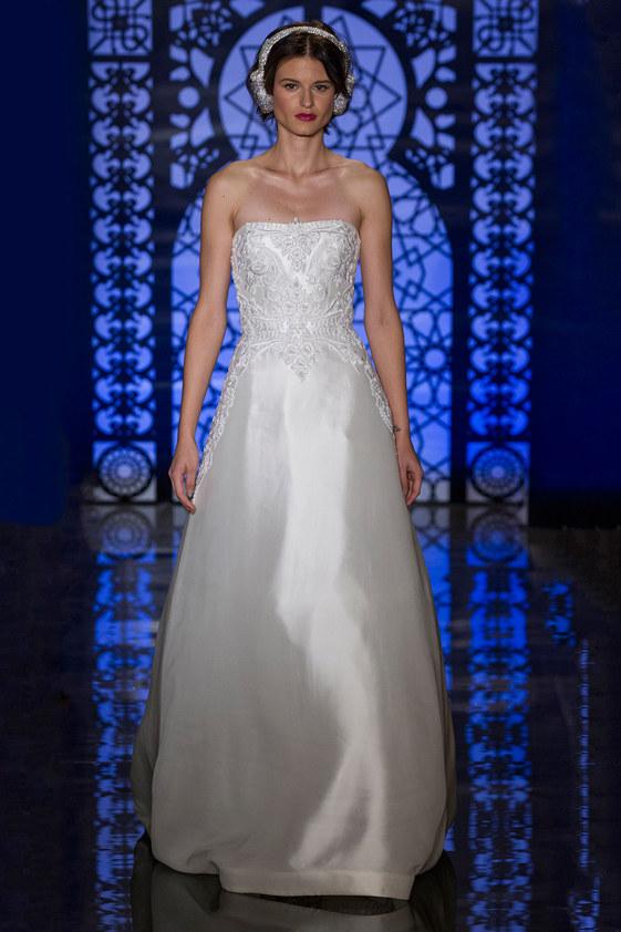 Reem-Acra-fall-2016-bridal-fashion-show-the-impression-13