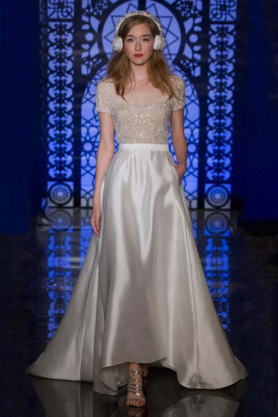 Reem-Acra-fall-2016-bridal-fashion-show-the-impression-15