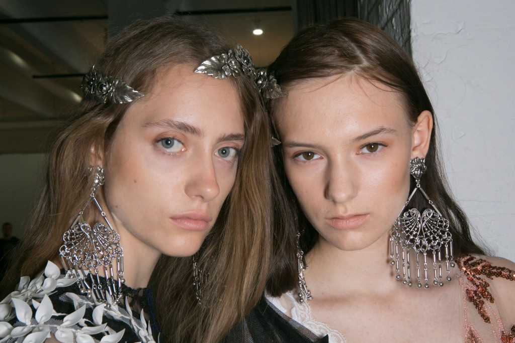 Rodarte-backstage-beauty-spring-2016-fashion-show-the-impression-30