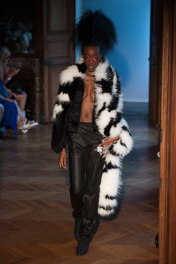Serkan-Cura-fall-2015-couture-show-the-impression-010