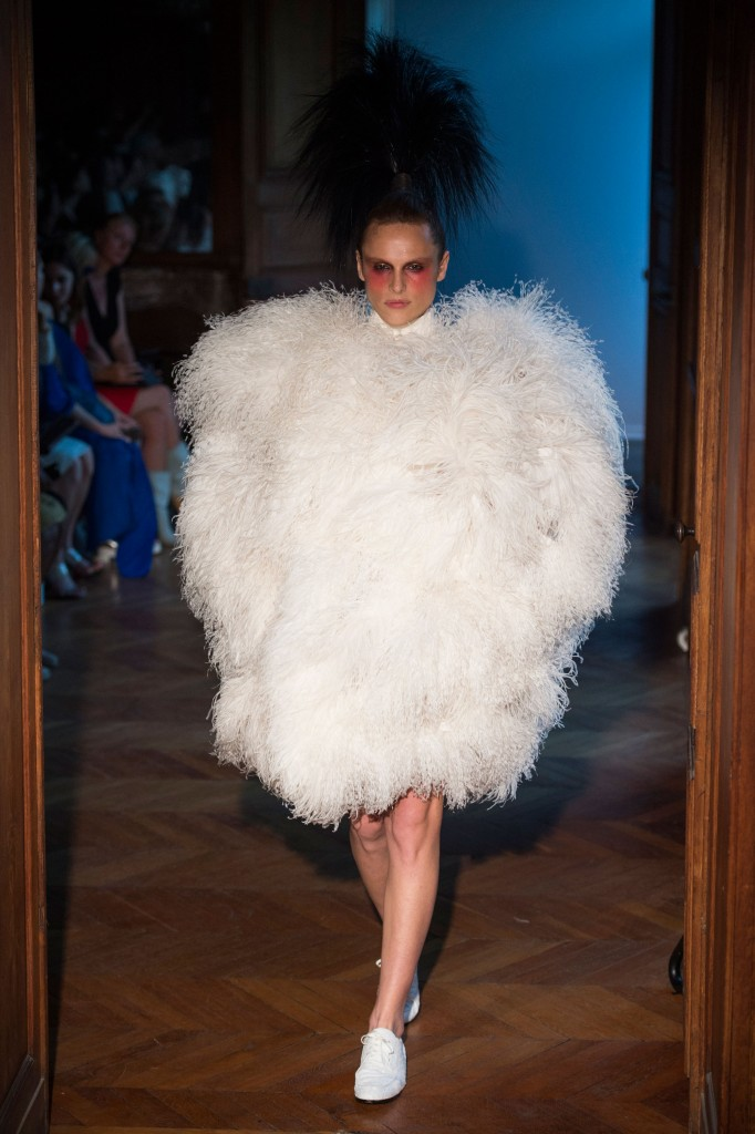 Serkan-Cura-fall-2015-couture-show-the-impression-019