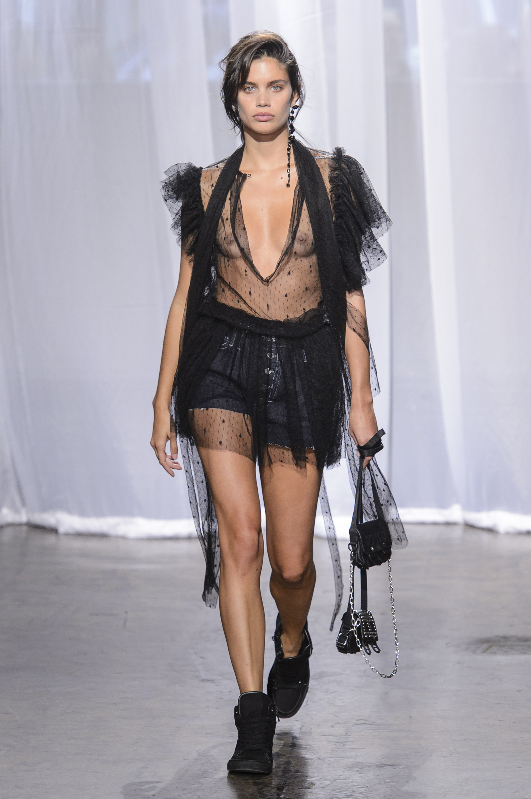 Zadig & Voltaire Spring 2018 Fashion Show