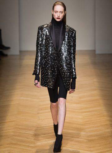 Aquilano Rimondi Fall 2017 Fashion Show