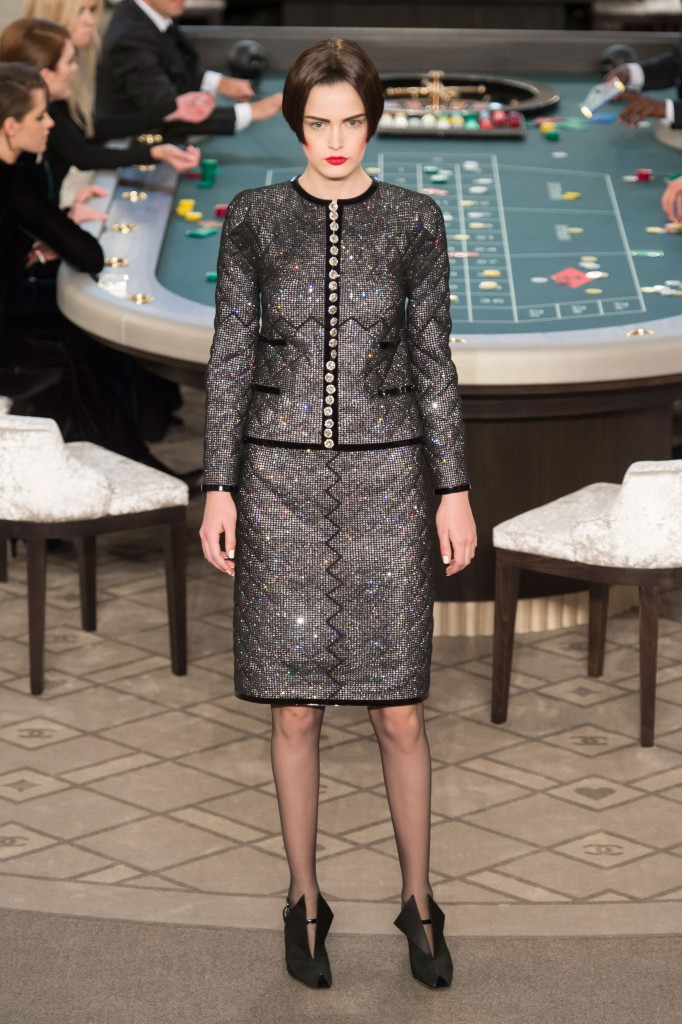 chanel-fall-2015-couture-show-the-impression-007