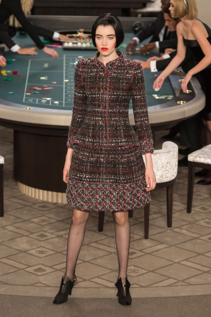 chanel-fall-2015-couture-show-the-impression-013
