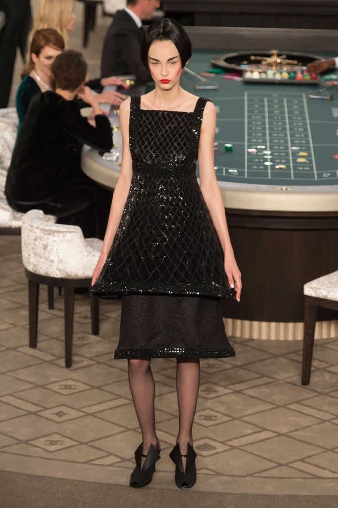 chanel-fall-2015-couture-show-the-impression-043